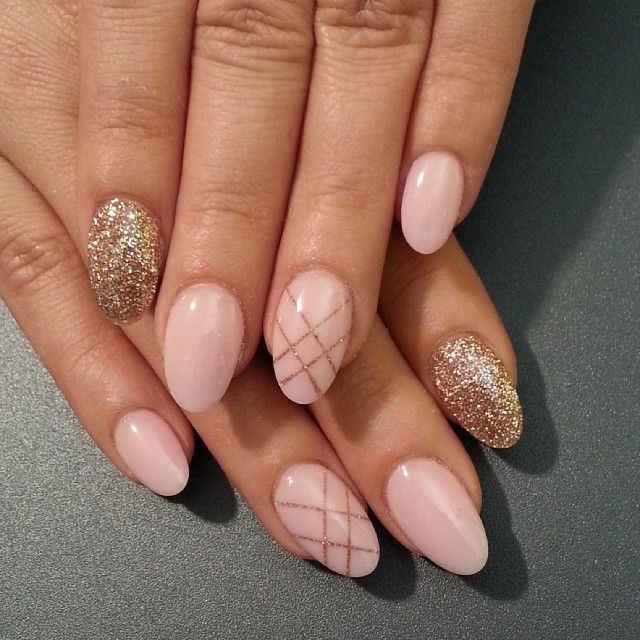 ногти, маникюр, дизайн ногтей, гель лак, ногти фото, Красивый короткий маникюр с блестками