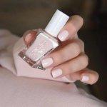 Однотонный нюд на квадратные ногти