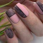 Красивый стемпинг дизайн ногтей